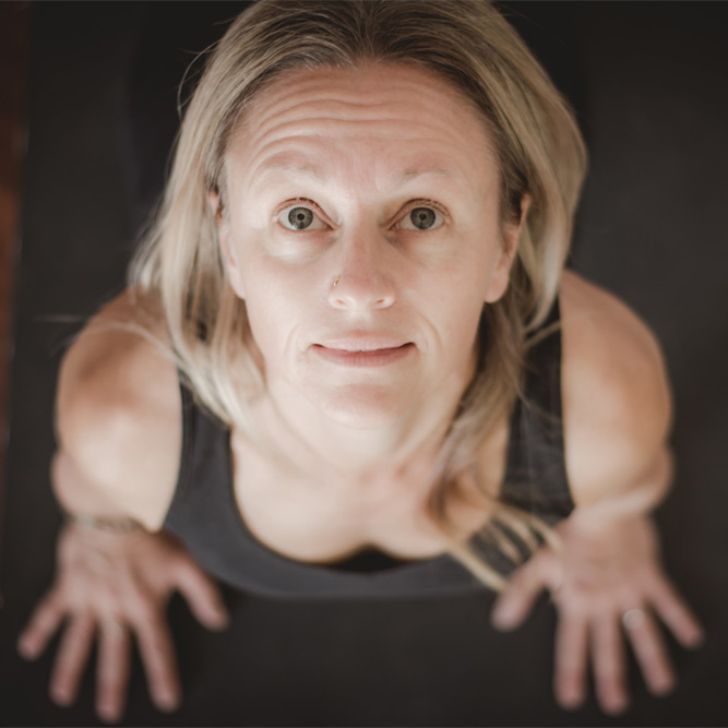 Becci a wollongong based yoga teacher